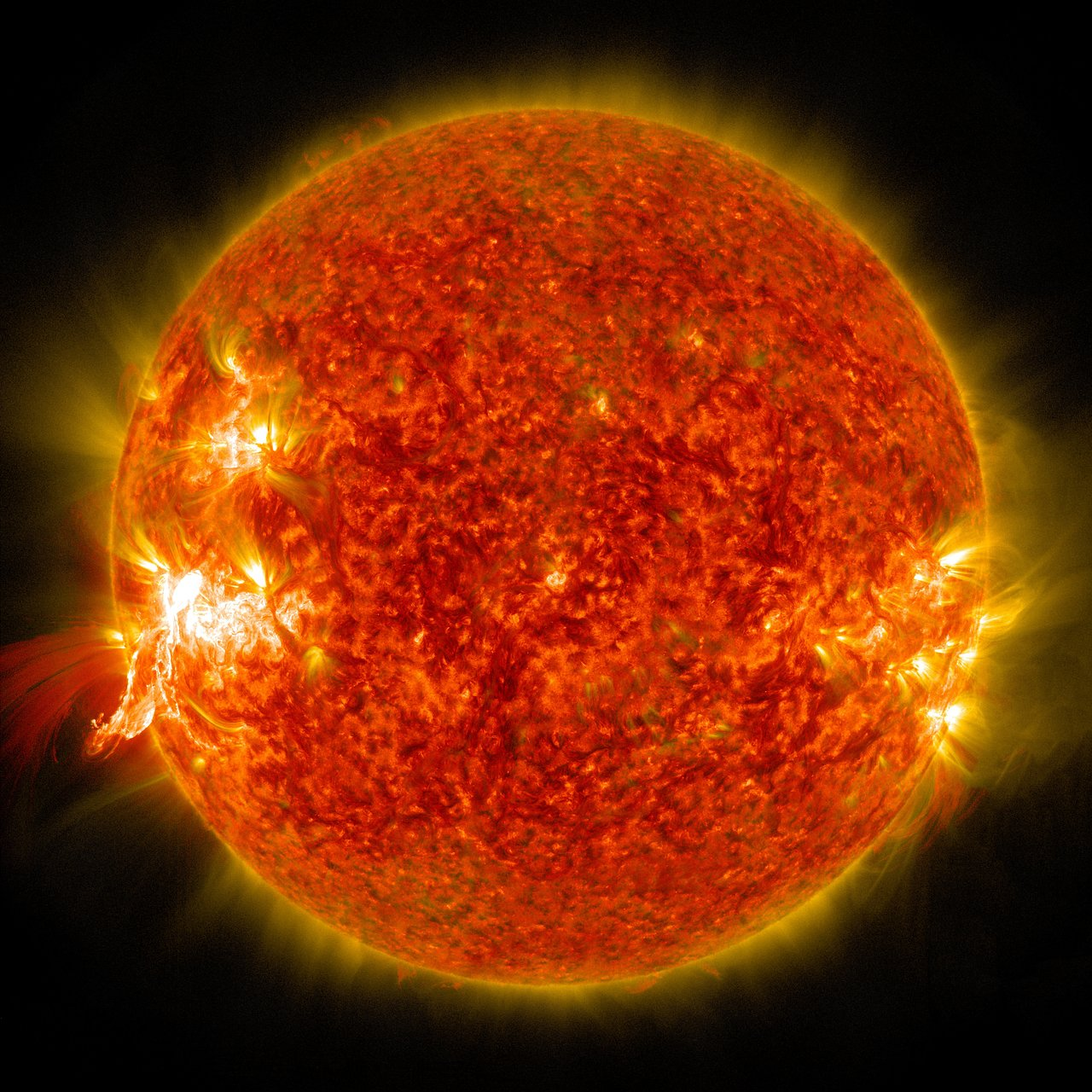 Extreme High Res Image Of The Sun Eso Supernova